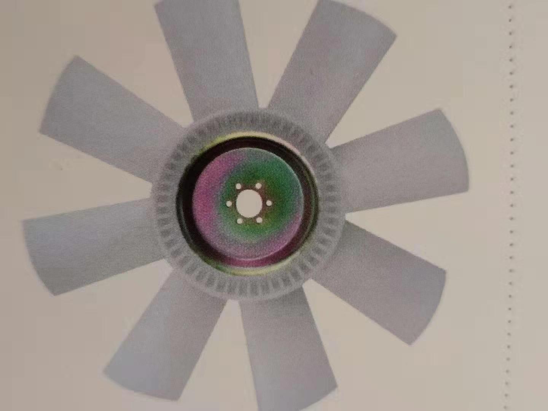 挖掘機維修圖片 想買優惠的風扇就來福榕工程機械