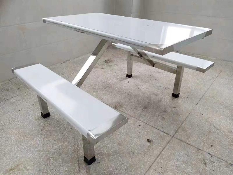 滨州专业不锈钢食堂餐桌,认准广杰厨业-连体不锈钢餐桌