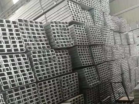 镀锌槽钢厂家产品的特点——镀锌槽钢安装——锡泽