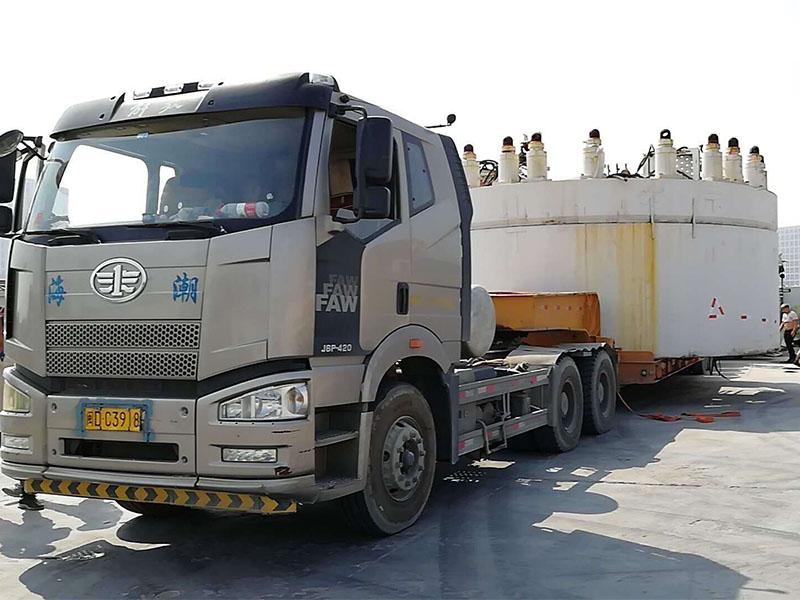 工程机械运输车-成都大件运输-大件运输车队