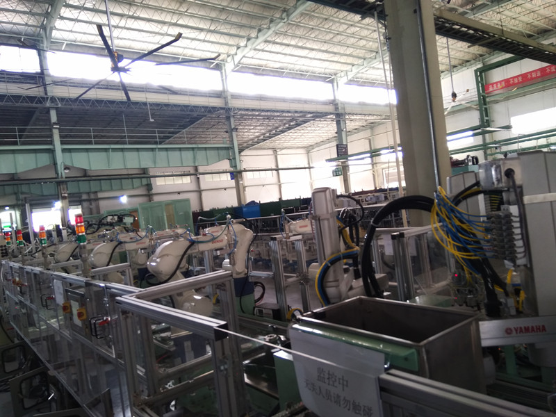板線機器人圖片-專業供應板線機器人