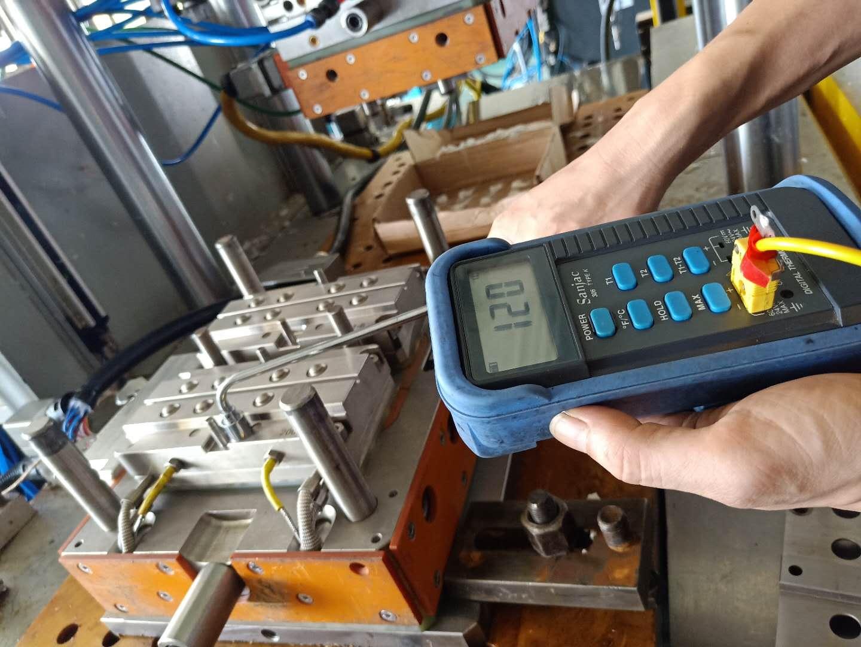 液態硅膠冷流道模具結構_好的液態硅膠冷流道模具哪里買
