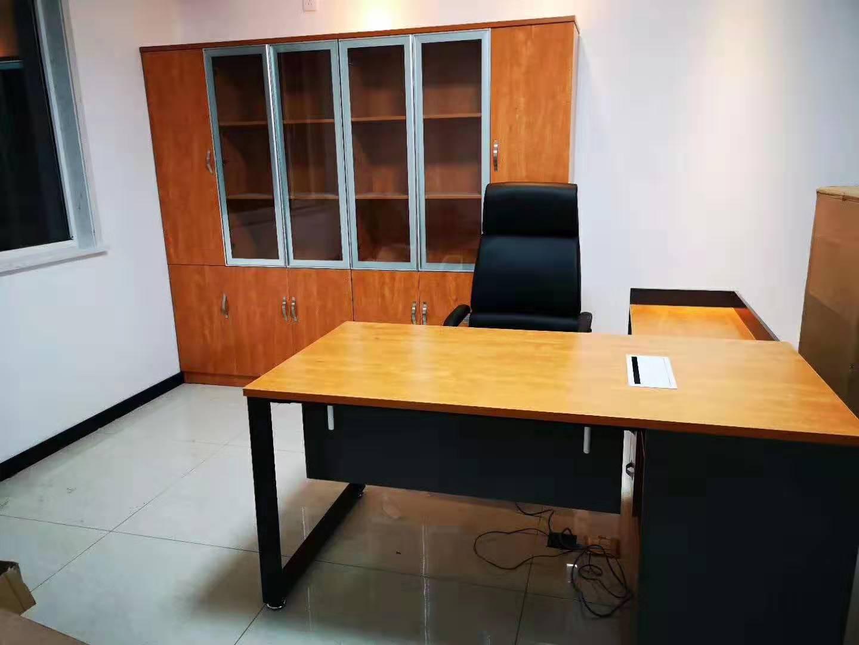 合肥办公屏风办公桌-选购班台就找盛百森办公家具