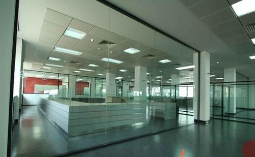 安慶辦公室隔斷玻璃-玻璃隔斷墻價格-安徽玻璃隔斷辦公室