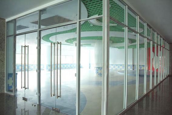 淮北办公室隔断玻璃-移动玻璃隔断-玻璃双层隔断