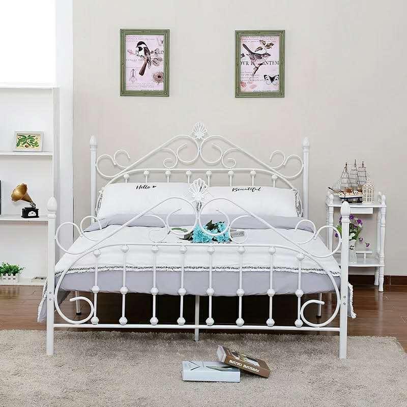 陕西铁艺床-铁艺架床好-铁艺床的做法