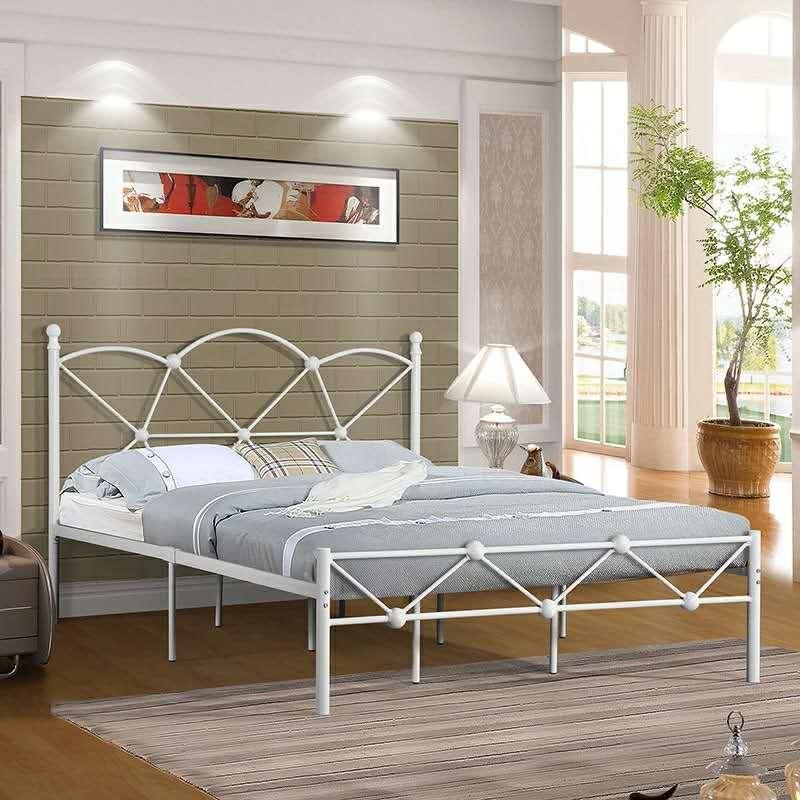 黑龍江鐵藝床-簡易布衣柜-雙人實木床