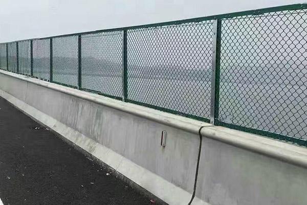 锌钢护栏价格 福建信誉好的交通护栏厂商