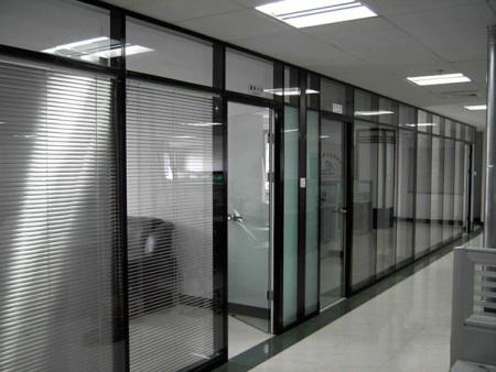 贵阳酒店玻璃隔断-昆明玻璃隔断墙-昆明隔音玻璃隔断