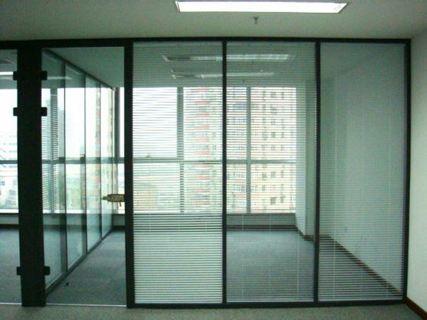 办公室玻璃隔断隔墙-活动玻璃隔断厂家-玻璃隔断办公室安装