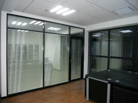 合肥玻璃隔断厂家-办公室玻璃隔断厂家-办公室玻璃隔断定制