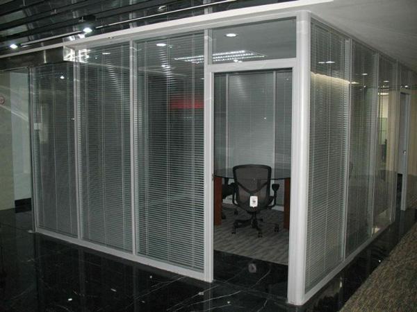120平米办公室玻璃隔断-苏州玻璃隔断-南通玻璃隔断