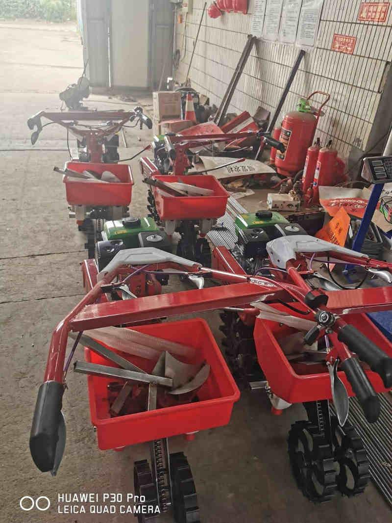 大姜小培土施肥机厂-想买优惠的培土施肥机就来神农农业机械