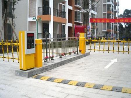 智能停车系统由哪些部分组成