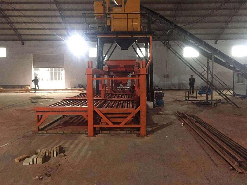青海路桥专用混凝土布料机_大量供应新品预制构件布料机