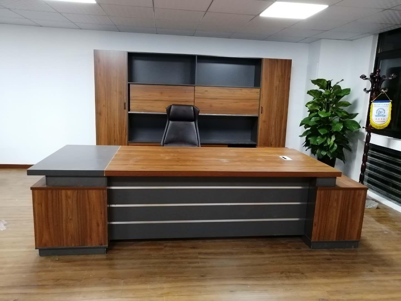 铜陵办公桌_要买品质办公家具办公桌就找合肥百胜亨通办公家具