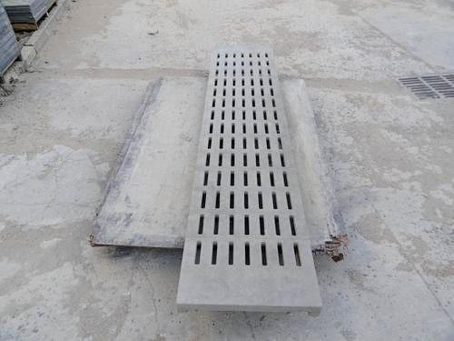 猪舍水泥漏粪板生产商-猪场水泥漏缝板价格-猪场水泥漏缝板批发