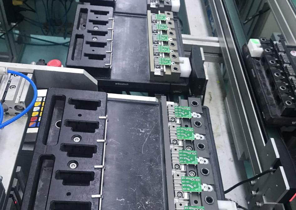 怎么清洗线路板雪花清洗流程-质量好的PCB印刷电路板在上海哪里可以买到
