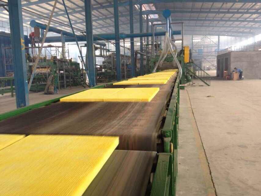 华美格瑞玻璃棉复合板生产厂家,优质玻璃棉复合板线批发