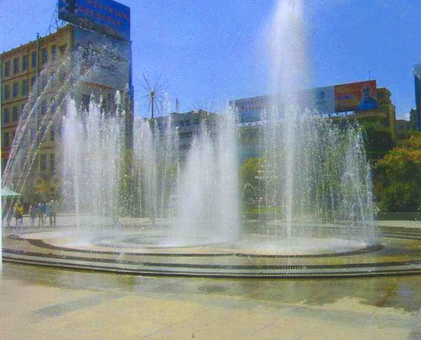 廣場旱噴泉