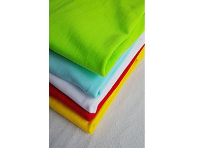信誉好的服装厂家——青海圆领T恤衫