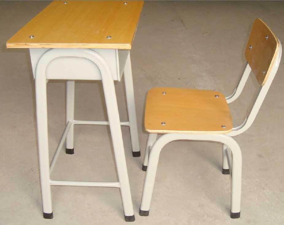 南宁划算的学生课桌椅,认准南宁市常捷家具,柳州学生课桌椅
