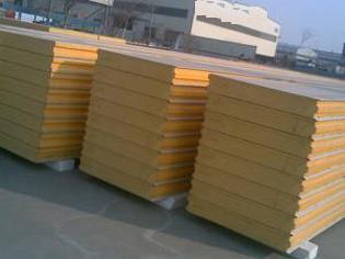 安装淄博岩棉复合板优选万和钢结构_淄博岩棉彩钢瓦厂家