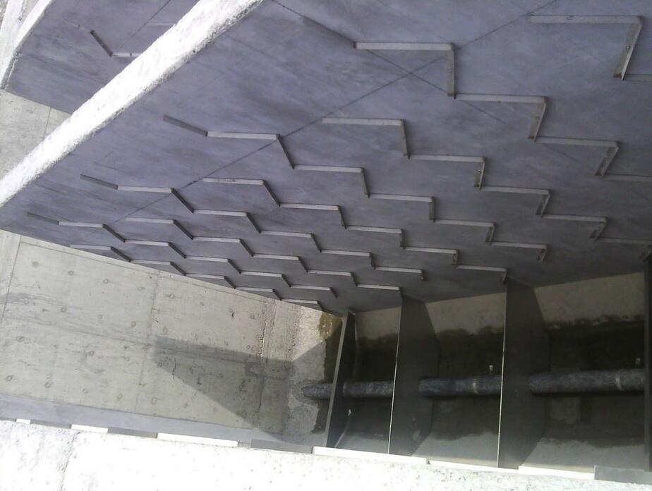 廣東不銹鋼折板批發-桂林口碑好的不銹鋼折板出售