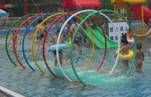 知名的济南游乐场就是政翰游乐——济南摇摆机供应