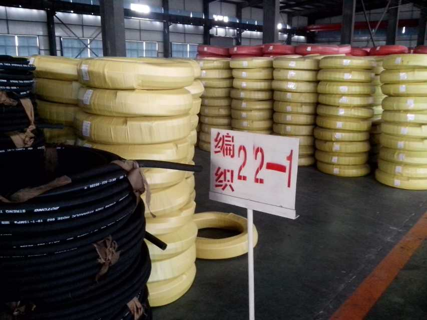 怎么挑选实用的优质高压钢丝胶管_东城太原钢丝胶管