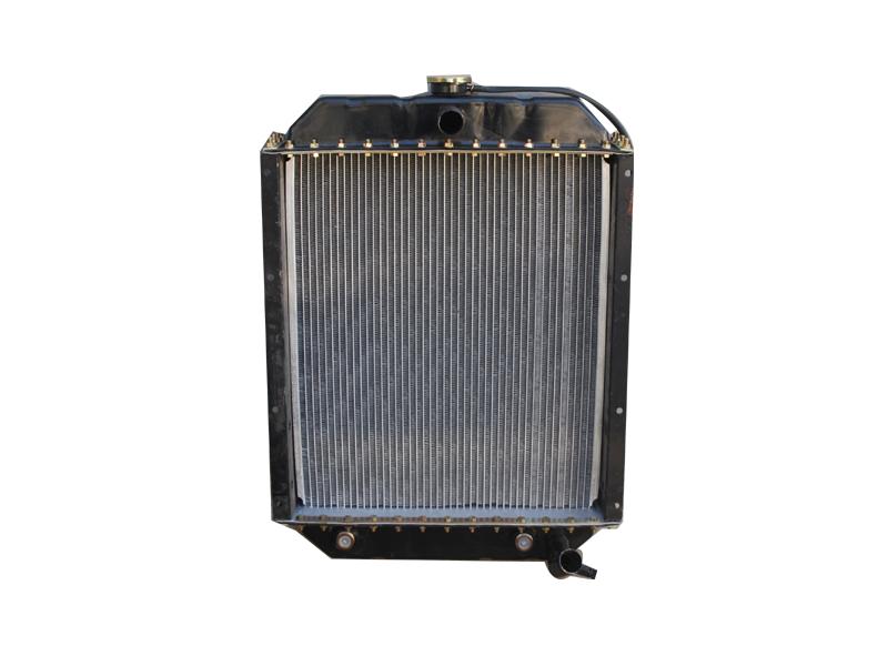 铲车专用水箱生产|专业的铲车散热器宇阳农机配件供应
