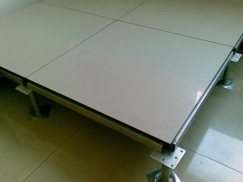 全钢防静电地板批发商_供应全钢防静电地板