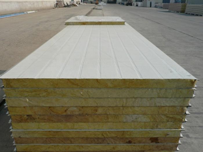 龙岩彩钢聚氨酯夹芯库板价格-哪里有卖优惠的彩钢夹芯板