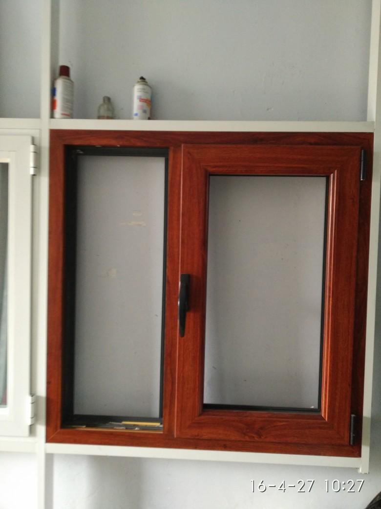 海潤門窗公司提供的煙臺鋁包木門窗好不好 廠家直銷的煙臺鋁包木門窗