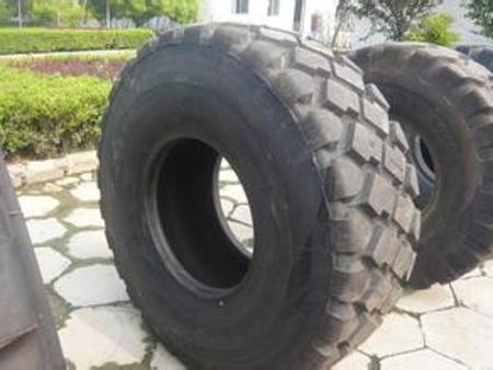 【鹏泰轮胎】工程轮胎翻新 轮胎翻新 矿山轮胎翻新