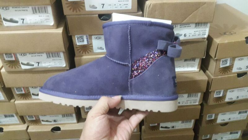 莆田UGG雪地靴外贸货源代发货_高品质的雪地靴出售