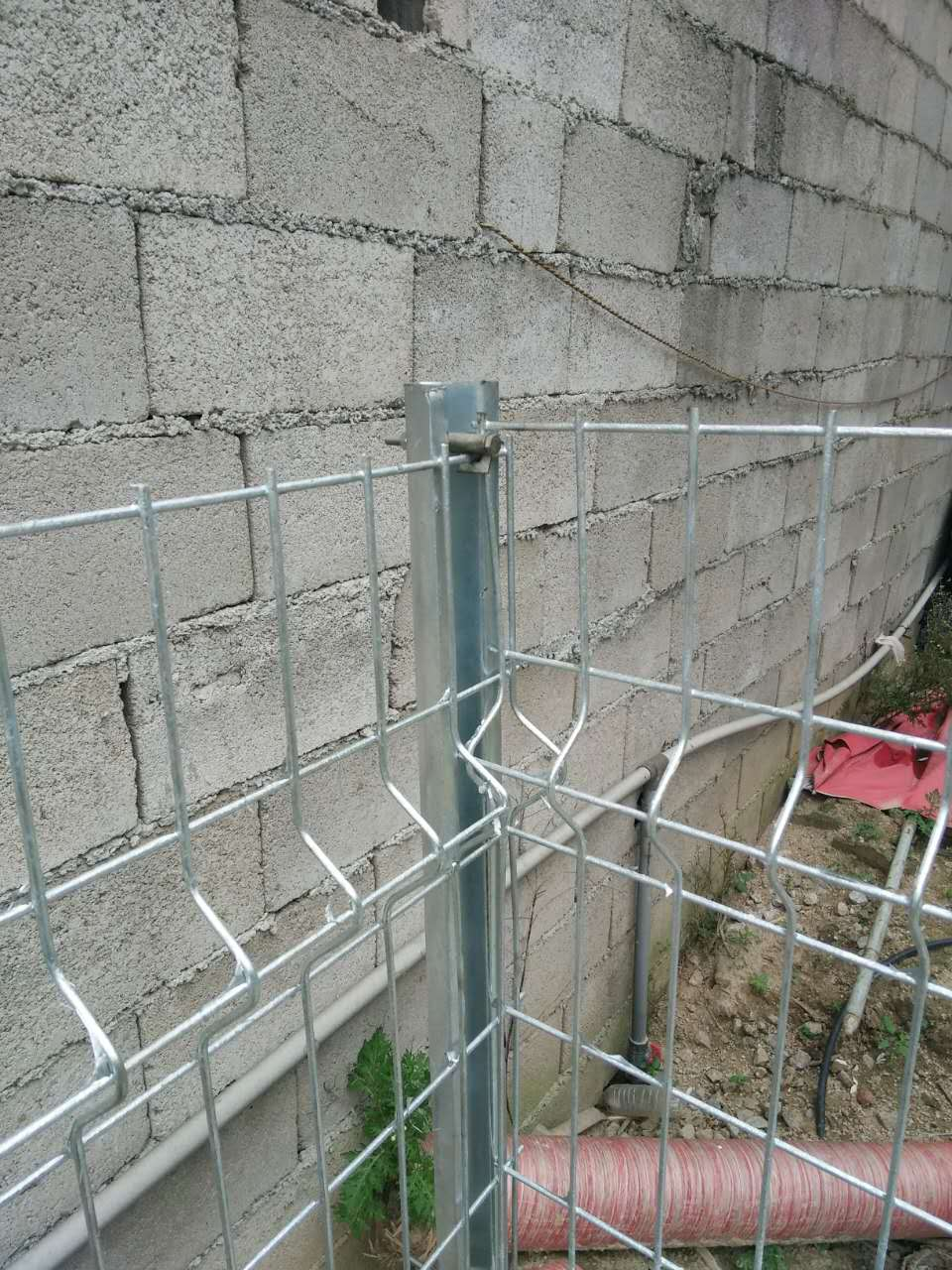 折弯网片折弯护栏三角折弯护栏网安装移动式护栏价格行情-选质量好的移动式护栏-就到昊恒