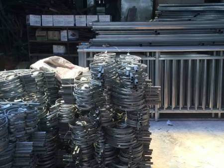 广西锌钢护栏,南宁锌钢阳台护栏厂