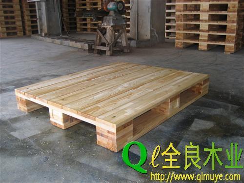 四川哪里有供应优惠的成都木托盘-出口木托盘供应商