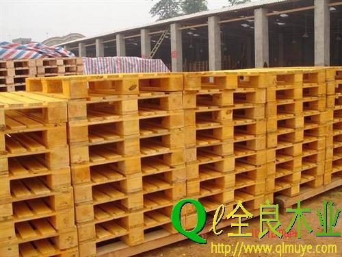 性價比高的成都木托盤產品信息  _出口木托盤定制