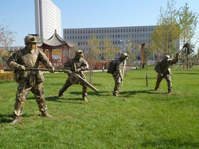 铜雕塑在哪找_精巧的雕塑专业供应