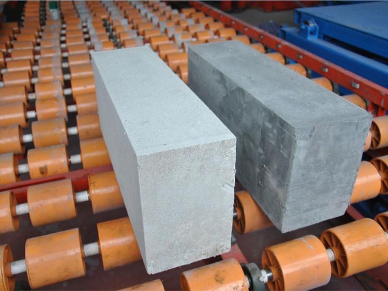 想买质量良好的轻质发泡墙砖生产设备,就来永昌建材|轻质砖机制造