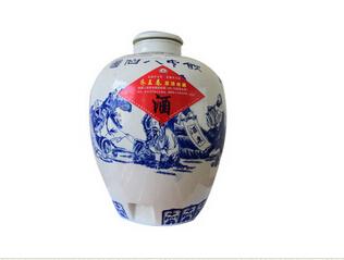 淄川白酒廠家-齊王春酒業-知名的酒水廠商