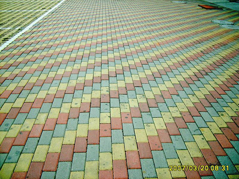 具有口碑的花砖厂是哪家_上岗建材彩砖价格 ()