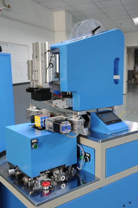 压盖贴标机报价-动源机电提供优惠的贴标机