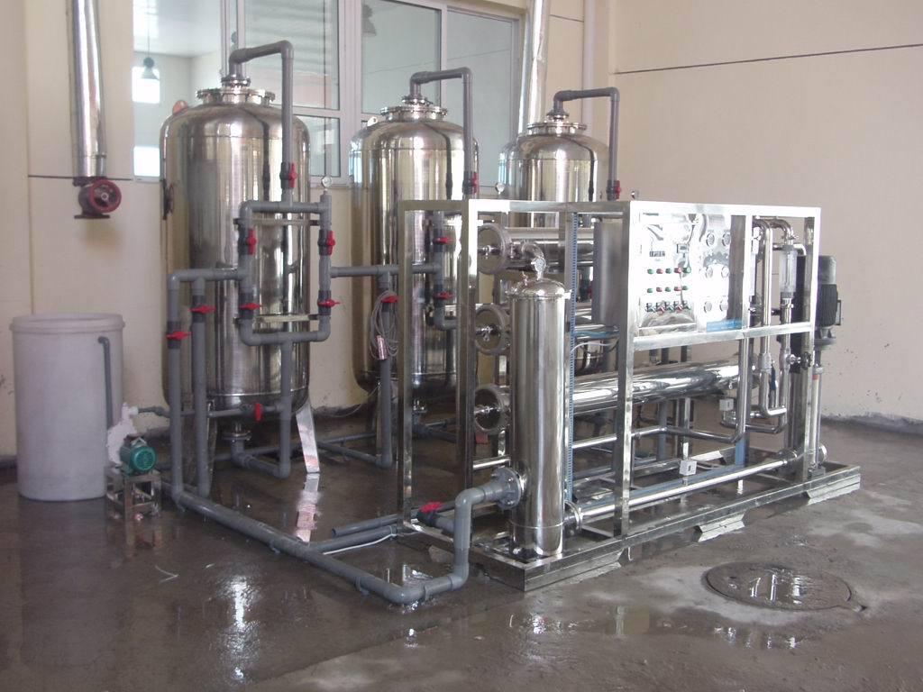 甘肃水厂设备零售-鲁特水处理反渗透设备厂家
