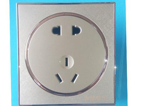 五孔插座价格如何,品质好的五孔插座批发出售