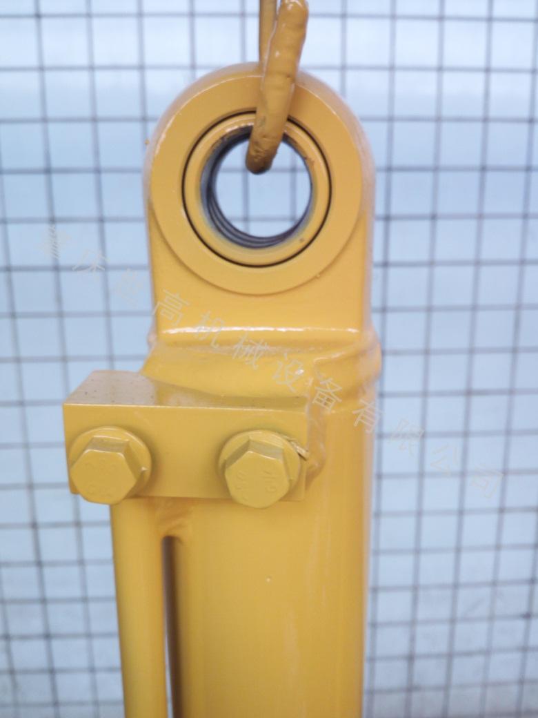 油缸厂家定制_世高机械价格划算的YC13动臂摆动出售