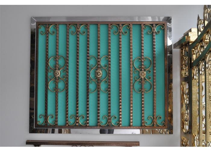 亚太不锈钢专业供应不锈钢门窗——不锈钢板材经销