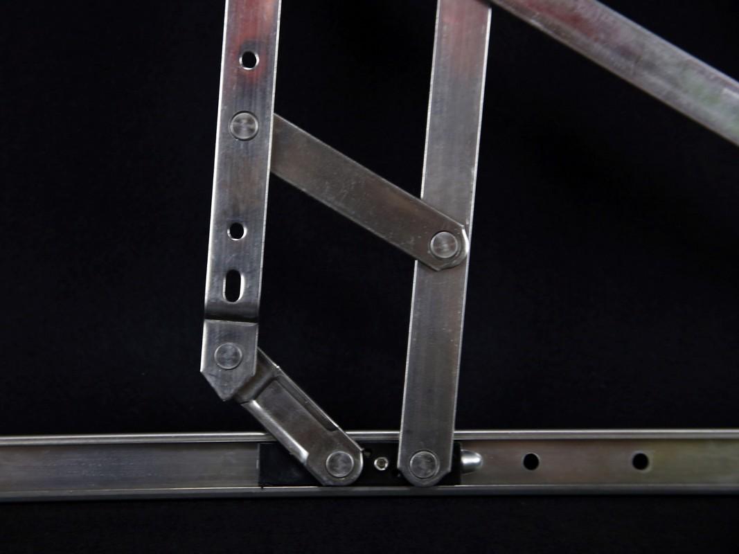 上悬窗铰定制-肇庆专业的六连窗撑批售